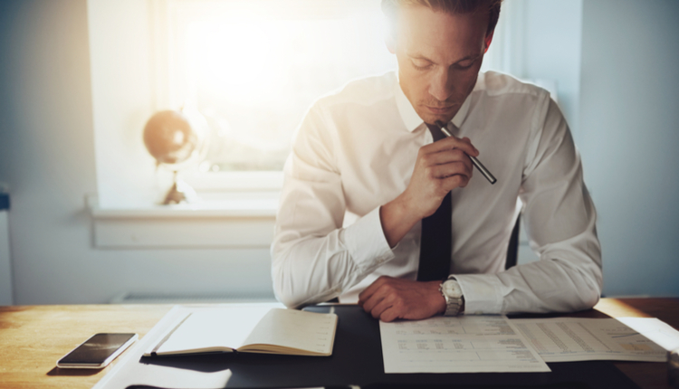 4 Key Benefits of Hiring A Stock Advisory Firm